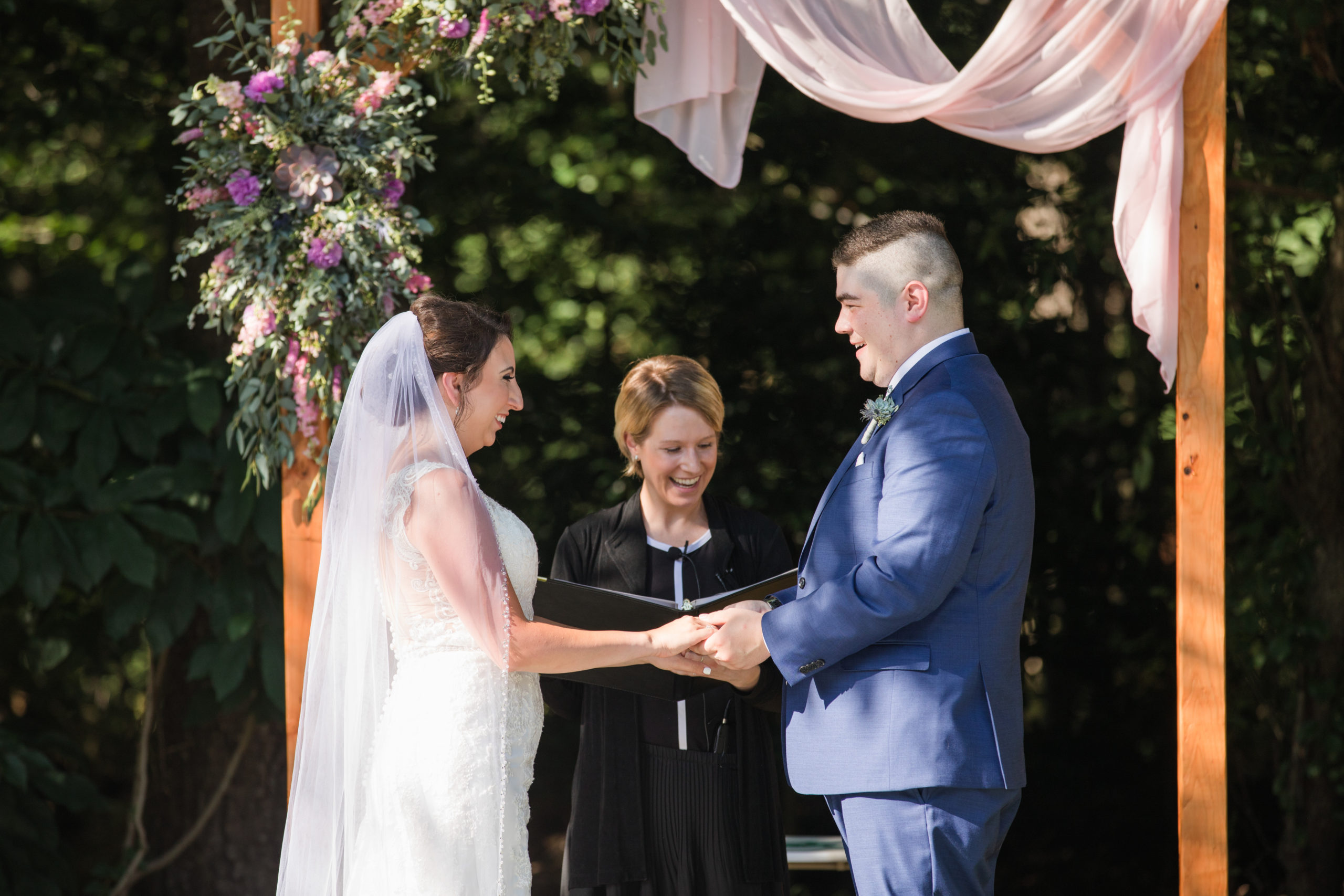 Rev. Michelle Gerlowski, Baltimore Wedding Officiant